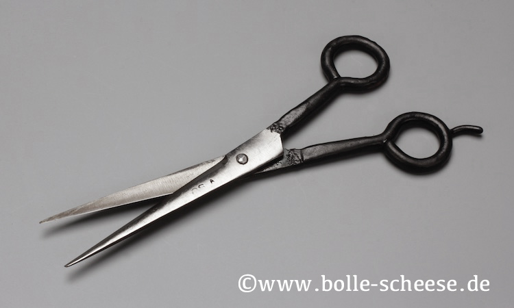 "Authentic Blades Haarschere ""CHOUT"""