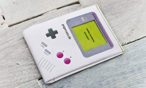 "paprcuts Portemonnaie ""Gameboy"""
